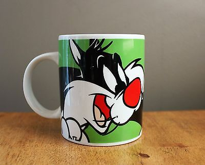 SYLVESTER & TWEETY MUG great condition 2002 Warner Bros.