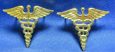 WWII Army Medical Corps Doctor Officer Insignia Set With Original Cards