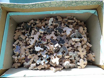 VINTAGE WOODEN JIGSAW PUZZLE WITH WHIMSIES - 950 pieces