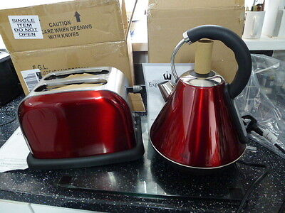 Egl Pyramid Kettle / Toaster  Set  Metallic Red / Stainless  Steel