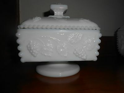 "Vintage Original 6"" TALL WESTMORELAND Heavy Milk Glass PANELED GRAPE Candy Dish"
