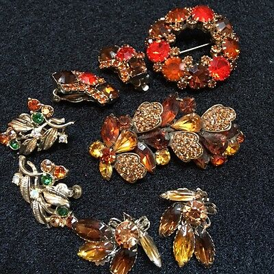5 pieces incl. Weiss pin and earrings with extra rhinestone earrings so pretty!