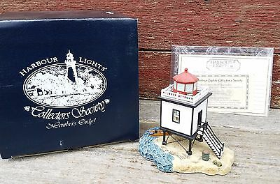 Harbour Lights Society Exclusive Hatteras Beacon NC #537 Lighthouse Figurine