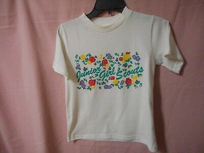 Junior Girl Scout White SS T-shirt Size Medium. White short sleeve t-shirt with