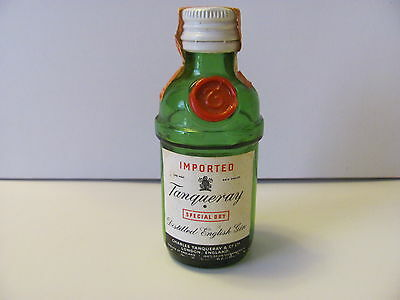 VINTAGE AIRLINE Tanqueray Glass Mini Bottle. Somerset Importers New York, N.Y.