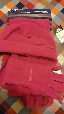 New Trespass Pink Hat Scarf Glove Set