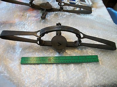 Vintage Oneida Victor #4 Double Spring  Wolf Trap With Teeth Cabin Decor Lot 1