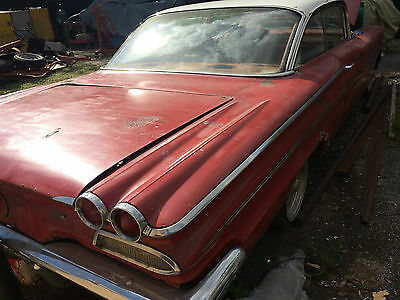 1960 Pontiac VENTURA 2 DOOR COUPE !!! EXTREMELY RARE 1960 PONTIAC VENTURA BUBBLE TOP COUPE, 389 MOTOR, BARN FIND.