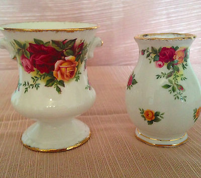 2 Royal Albert Old Country Roses small vases  3 1/2 in and 3 inches high
