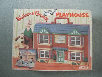 Wallace & Gromit Playhouse And Figures