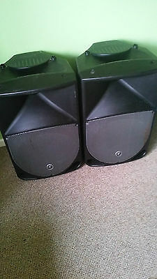Mackie Thump TH15A powered speakers ( A Pair of )