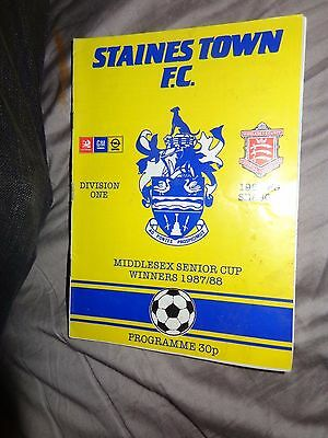 STAINES TOWN V NEWMARKET TOWN  Football Club Programme  FA CHALLENGE CUP 3/09/88