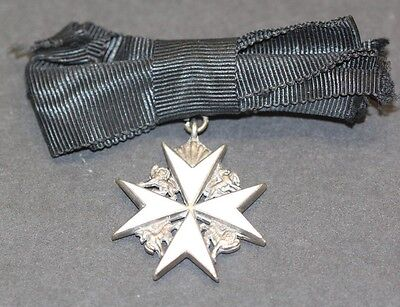 Order of the Hospital of St John of Jerusalem in England Badge / Medal of a Lady
