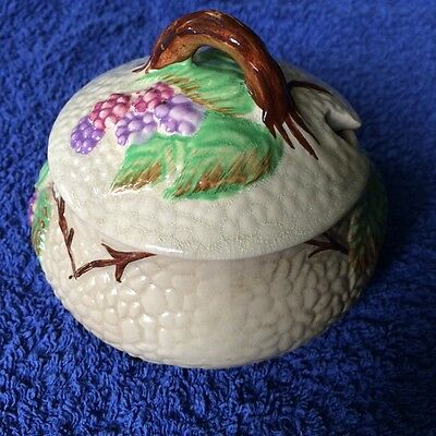 Vintage ceramic Wade Bramble sugar / sauce pot with lid