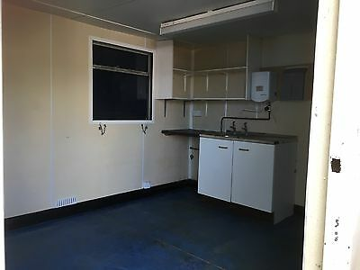 24 Ft Welfare Office Cabin With Toilets
