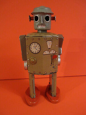 ALL ORIGINAL CK ATOMIC ROBOT MAN with CAST ARMS 1947 SPACE TOY