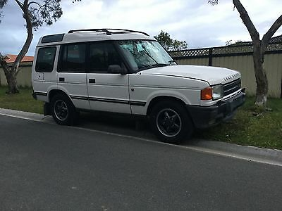 Land Rover discovery 1997 1 owner low Kay's v8 petrol auto leather 4wd patrol