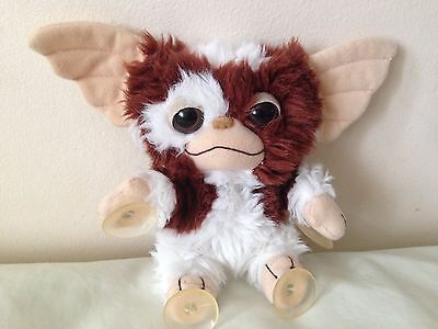 Gremlins Gizmo Cuddly Plush Toy 6'' with Window Suction Caps on Hands and Feet
