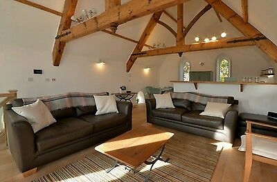 4 NIGHTS SELF CATERING. 5* Luxury renovated Chapel in Pocklington near York
