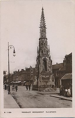POSTCARD   SLEAFORD  Handley  Monument