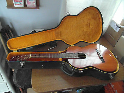 Yamaha Vintage G-60A classical guitar,good condition, with hard case