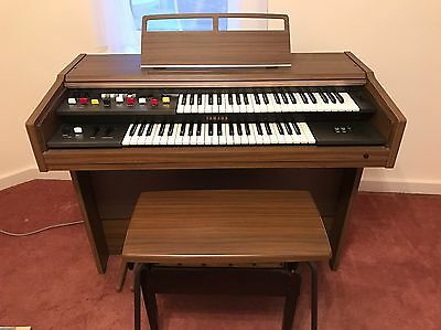 Yamaha B-C4r Vintage Electric Organ With Accompanying Stool