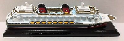 NEW Official Genuine Disney Cruise Line DCL Scale Model Ship Replica DREAM