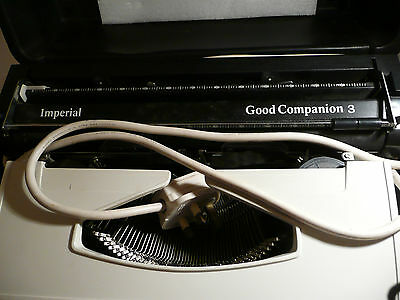 Vintage Imperial Good Companion 3 Typewriter And Case