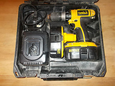 Dewalt Dc725 Cordless 18V Drill + 2 X Batteries + Charger With Case Gwo