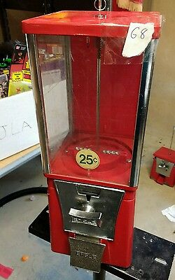 $.25 Route Used EAGLE Candy or Gumball Vending Machine E8