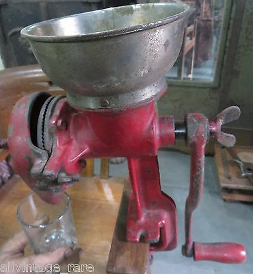 Vintage Cast Iron GRINDER MILL hand crank For Wheat Grain Coffee Nuts Spice Red