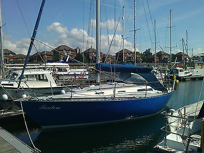 32 foot Sadler sailing boat / yacht
