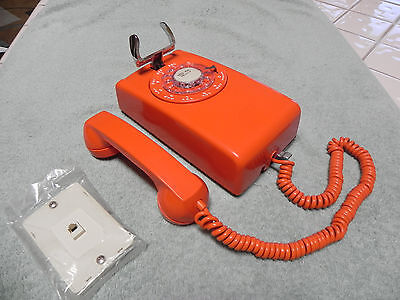 1969 Western Electric Bell System 554 Rotary Wall Telephone w/ Orange ITT Covers