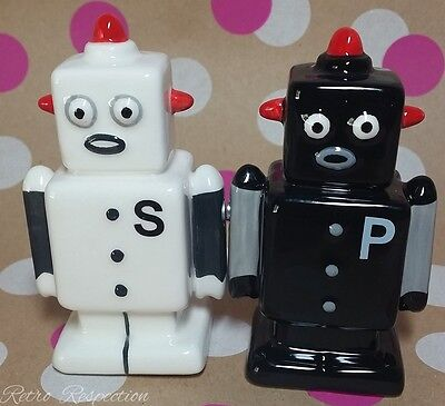 Robot Salt and Pepper Shakers - Retro - Vintage Inspired - Black and White