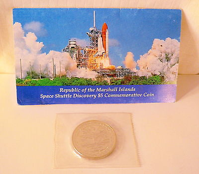 2 Marshall Island $5 Commemorative Coins Space Shuttle Discovery Desert Storm