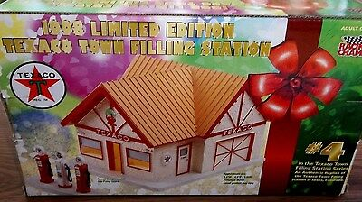 1998 Texaco Town Filling Station * Limited Edition  #4 * New In Original Box