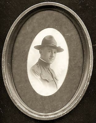 """1910s - Antique WW I Soldier Photo -  6 3/4"""" x 8 3/4"""" Oval Brown Wood Framed"""