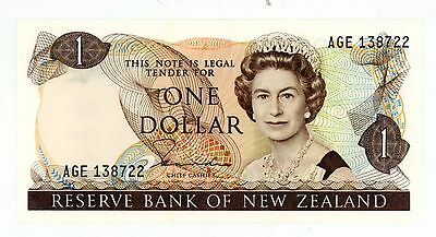 New Zealand ... P-169a ... 1 Dollar ... ND(1981-85) ... *UNC*