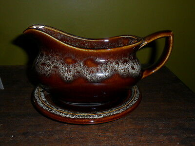 Fosters Pottery Gravy Boat with Underplate *Free Postage and Packaging Available