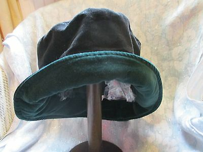 Girls Vintage Winter Hat (Size 56 Cm ) Black/green.