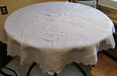Antique Round Linen Tablecloth Eyelet Embroidery Birds & Baskets Scalloped Edges