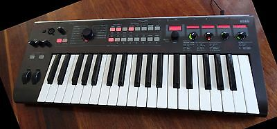 KORG R3 Synthesiser - Mint Condition