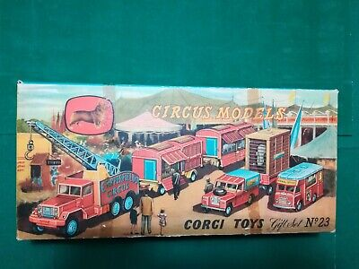 Dinky Toys 353   -  UFO SHADO 2 Mobile   Autographed by ED Bishop  -  MIB RARE