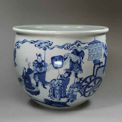 Antique Chinese blue and white jardinière, Kangxi (1662-1722)