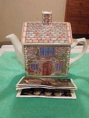 Sadler Teapot Of 17Th Century Cottage Model 4438 With Booklet