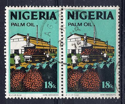 NIGERIA = 1973 18k NEW CURRENCY SG285. VERY FINE USED pair (b)