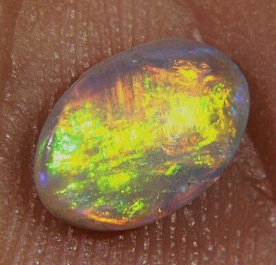 """Fiery Sunset"" Natural Solid Semi Black Lightning Ridge Opal  0,7  Karat.VIDEO"