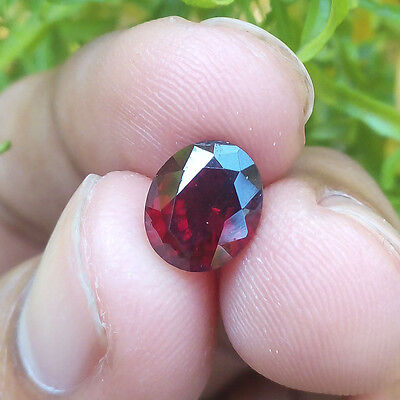2.25 Carats Natural Untreated CEYLON RHODOLITE GARNET Oval VS Loose Gemstone