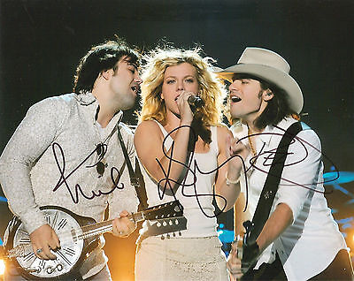 The Band Perry Full Band Signed 8X10 Photo Coa Autographed Pioneer 2