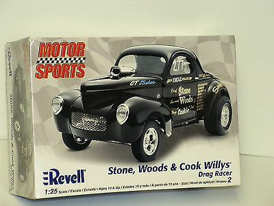 """Revell #85-2032 1/25``stone,woods& Cook""""  Willys Drag Racer Open/si"""
